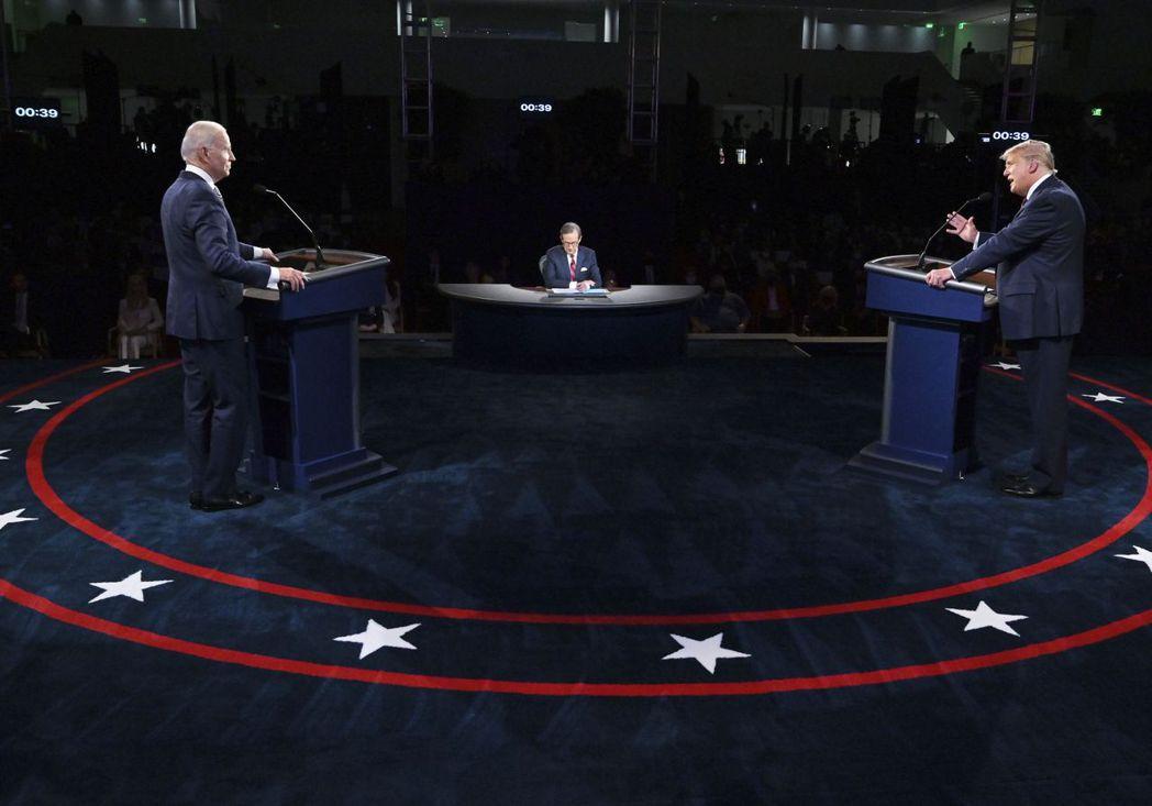 爭吵不休的美國總統大選首場辯論結束後,分析師大多認為,民主黨候選人拜登目前領先川...