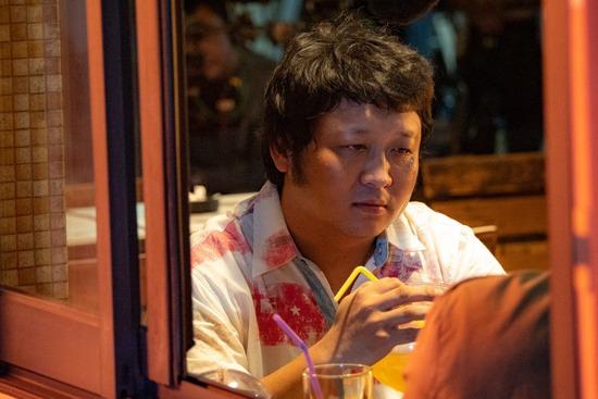 金馬57/最佳男配角由納豆以「同學麥娜絲」奪下 打敗金玄彬、戴立忍