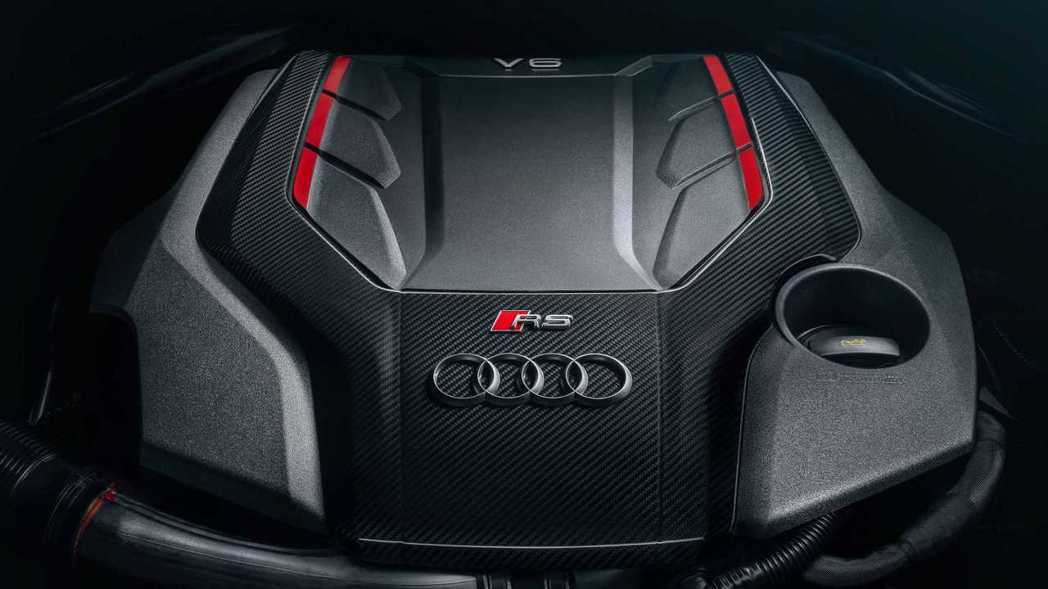 2.9升V6雙渦輪增壓引擎具有450 ps馬力和61.8kgm扭力。 摘自Aud...