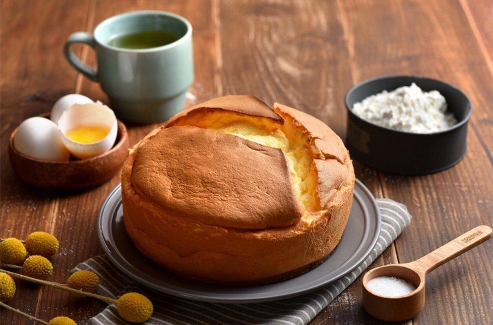 TOP.5:春上布丁蛋糕經典原味蛋糕推薦價100元。微風台北車站/提供