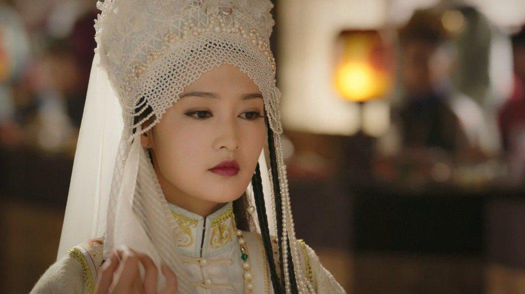 李沁飾演「香妃」。圖/中視提供