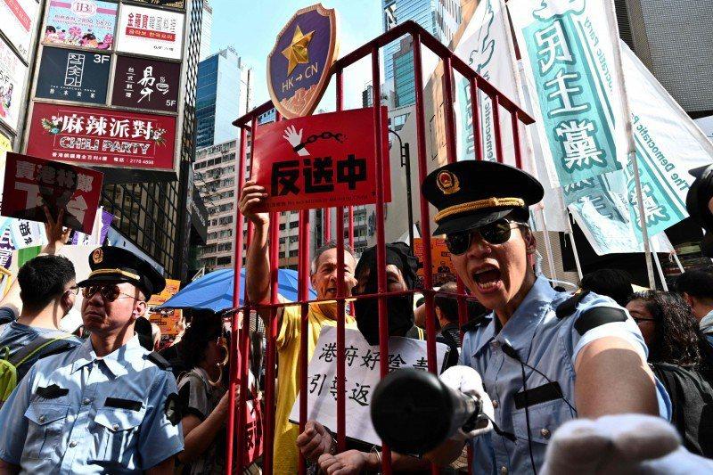 去年香港的反送中運動。圖/取自法新社