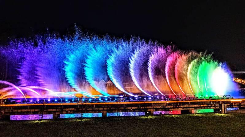 慈湖水舞畫面。圖/桃園市祝福觀光旅遊局提供