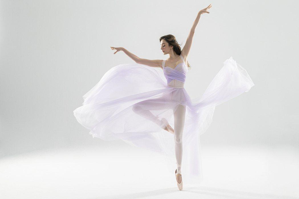 瑞莎積極推廣韻律體操。圖/赫本健康精品提供