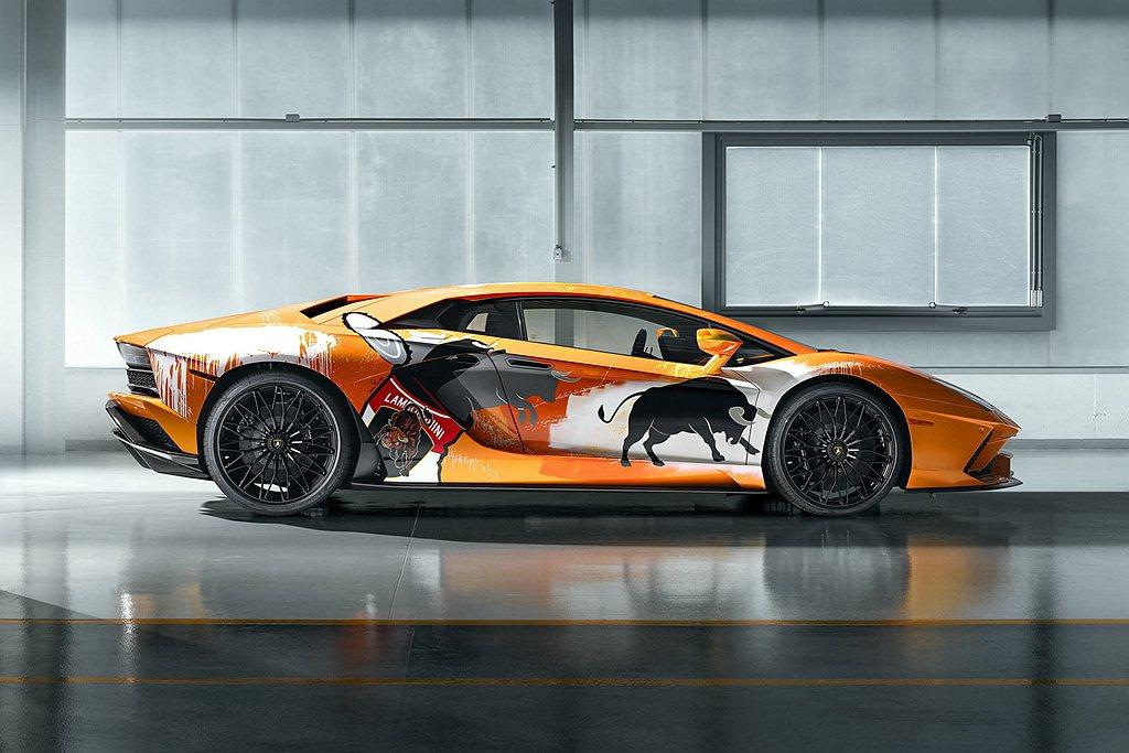 總使Urus高性能休旅成為Lamborghini熱賣車款,但旗下兩款雙門超跑Hu...