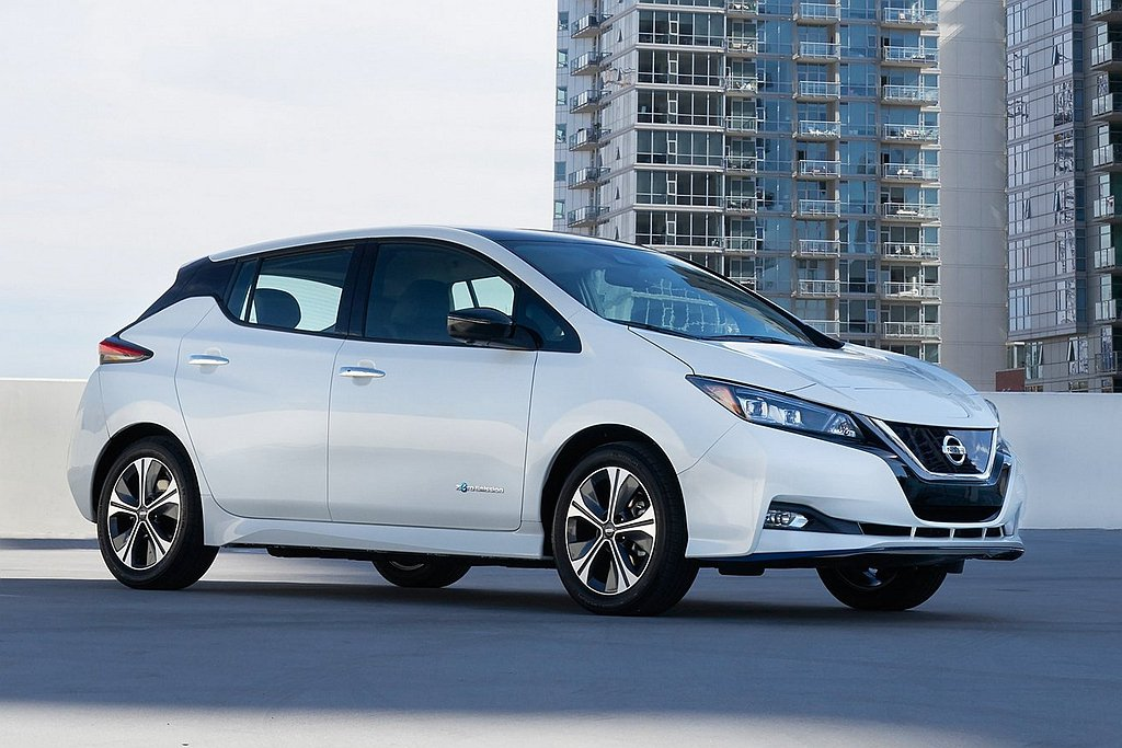 今年初Tesla Model 3以累積銷售50萬輛規模,超越Nissan Lea...