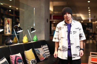 創作歌手黃明志:寫每首歌之前MV已經在我腦中拍好了,詞曲只是畫面的配樂