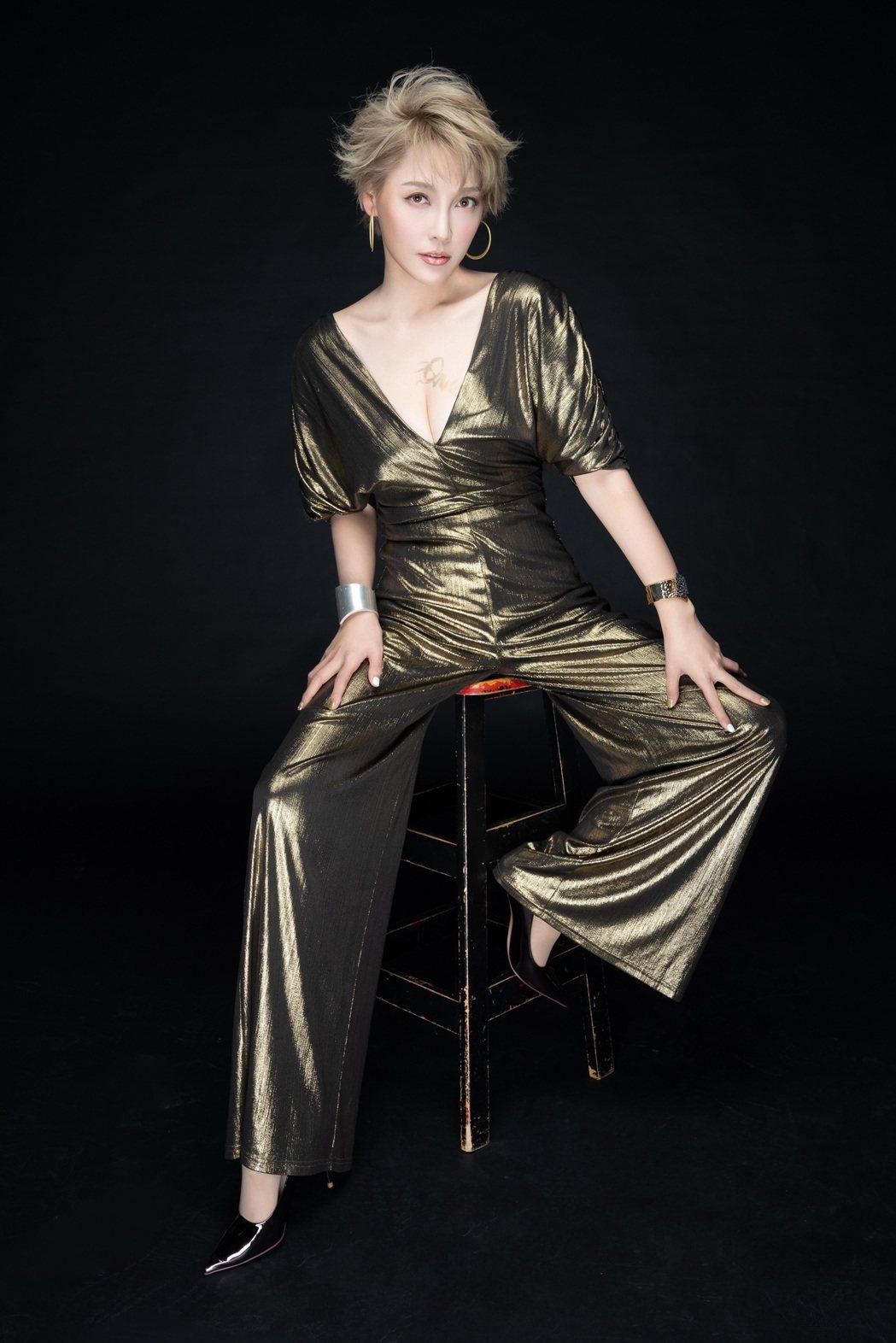 李沛綾1年剷肉18公斤,立志要做歌壇最美麗的新人。圖/星火映畫提供