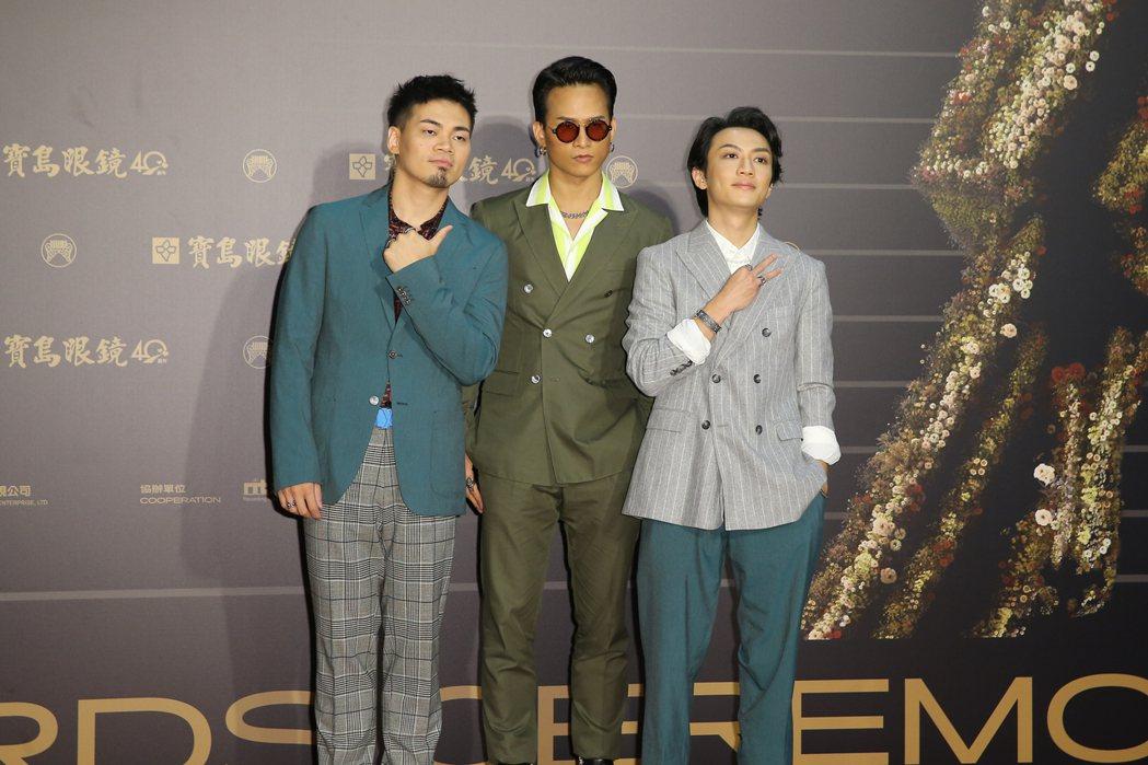 第31屆金曲獎在台北流行音樂中心舉行,茄子蛋走星光大道。記者季相儒/攝影