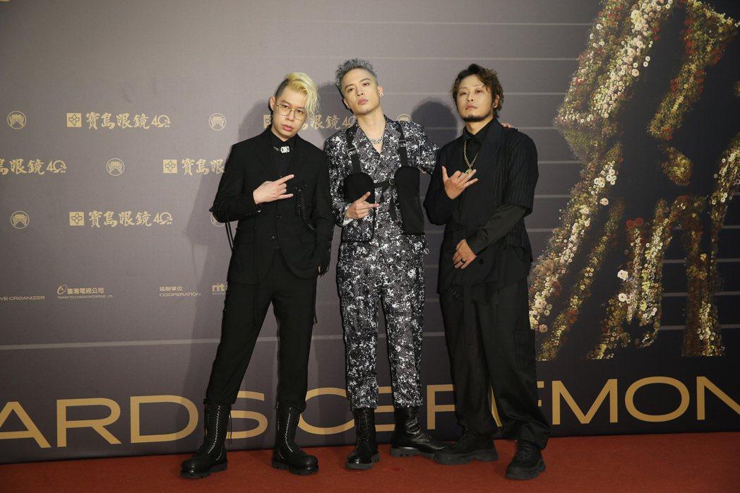 第31屆金曲獎在台北流行音樂中心舉行,J.Sheon(中)走星光大道。記者季相儒...