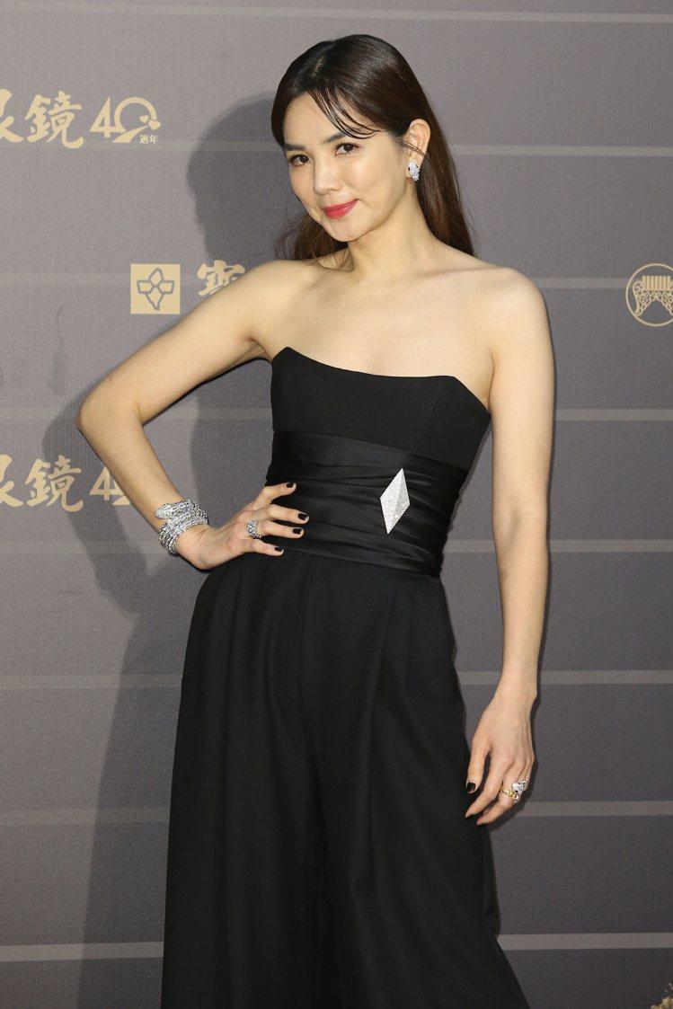 第31屆金曲獎在台北流行音樂中心舉行,ELLA走星光大道。記者季相儒/攝影