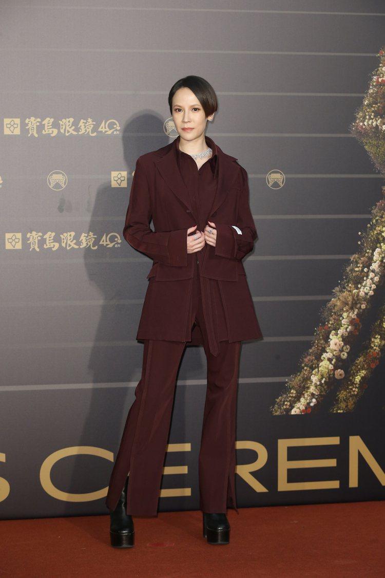 第31屆金曲獎在台北流行音樂中心舉行,楊乃文走星光大道。記者季相儒/攝影