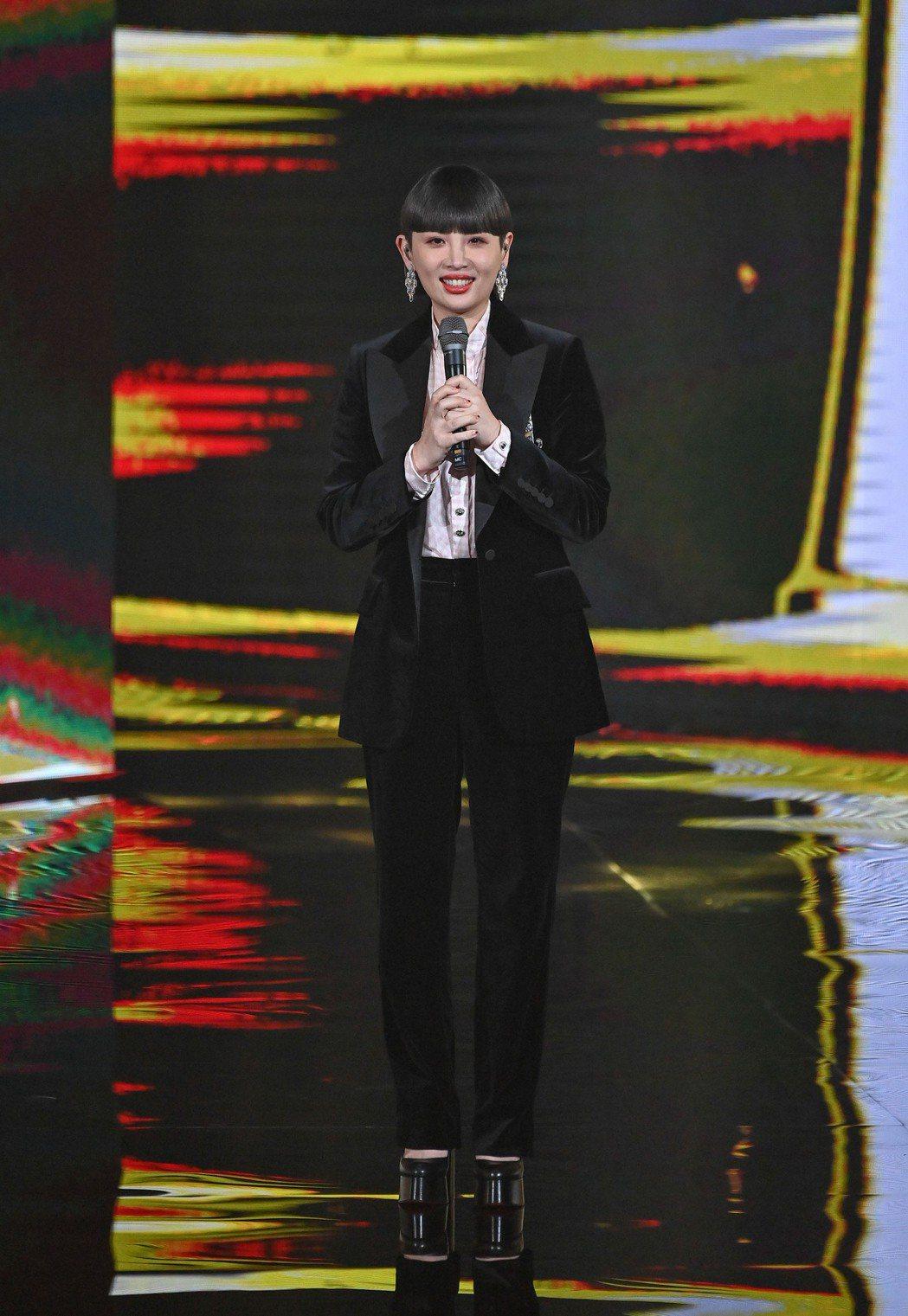 第31屆金曲獎,主持人魏如萱進行表演。圖/台視提供