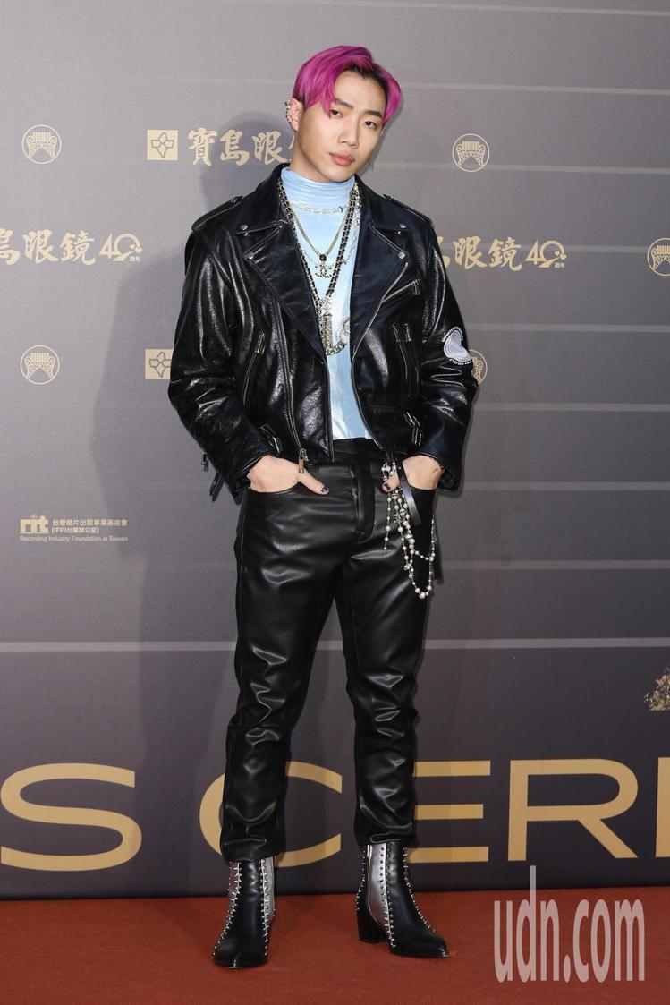 第31屆金曲獎在台北流行音樂中心舉行,OZI走星光大道。記者季相儒/攝影