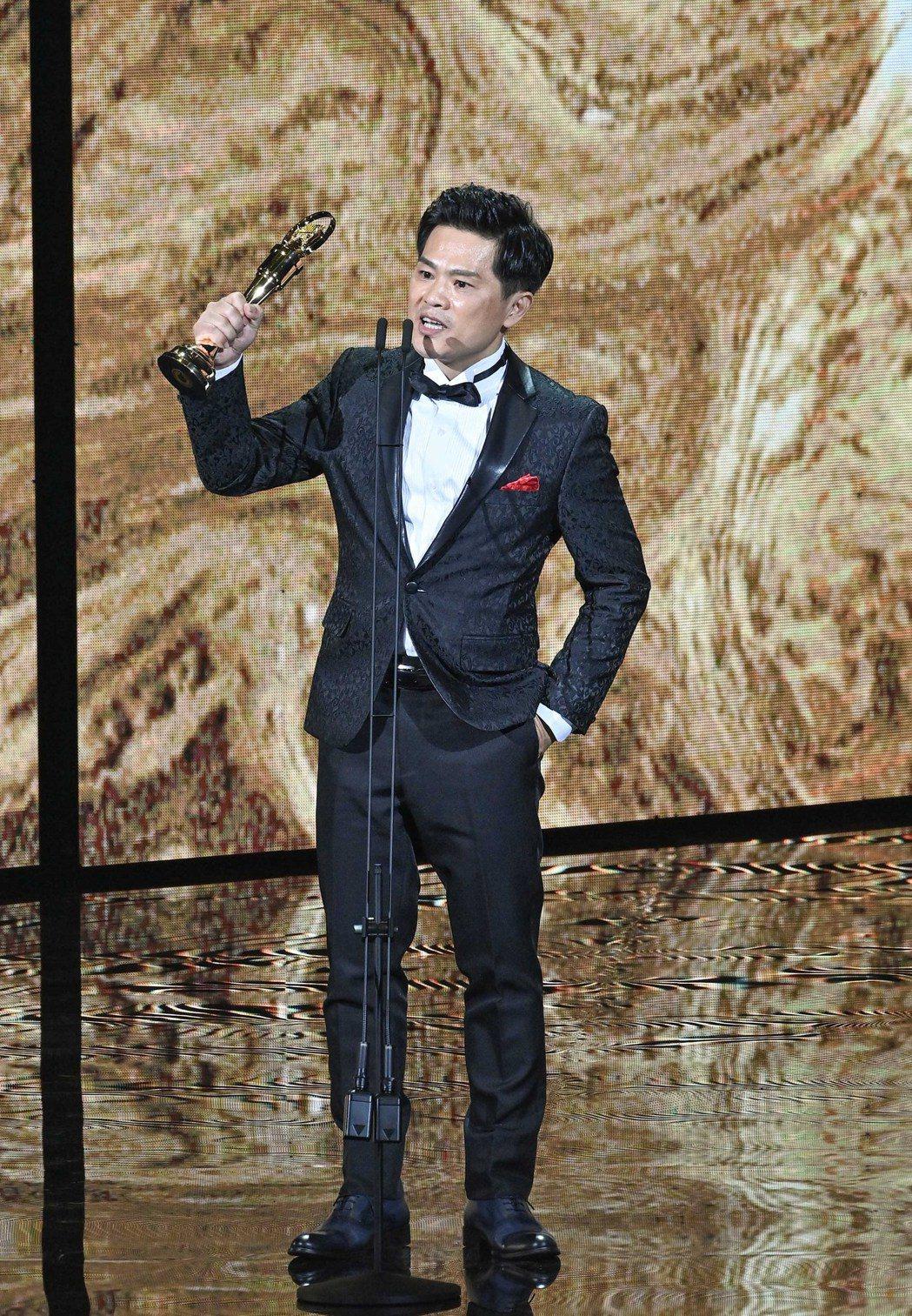 第31屆金曲獎,蘇明淵獲得最佳台語男歌手獎。圖/台視提供