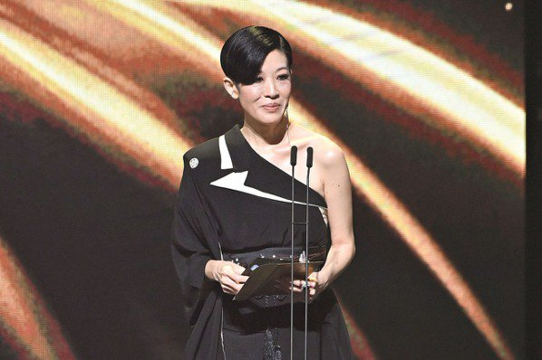 金曲31/陳珊妮獲最佳專輯製作人獎 形容工作很謎樣