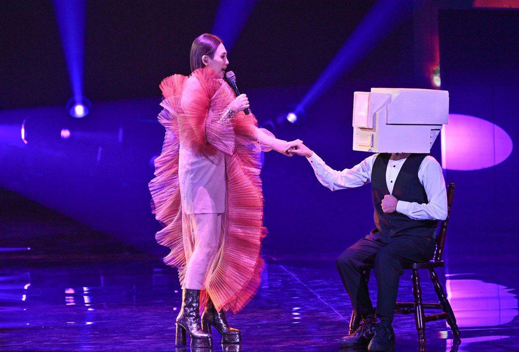 第31屆金曲獎,魏如萱進行表演。圖/台視提供