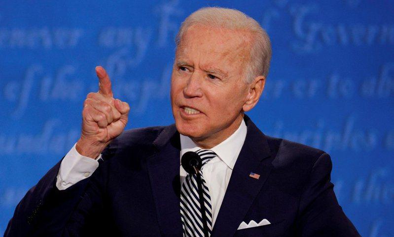 美國民主黨總統候選人拜登接受新冠肺炎病毒測試,檢測結果為陰性。路透社
