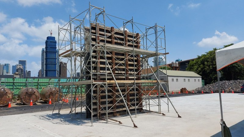 工程硬體部分,礫間槽體以系統模板取代傳統模板。圖/台中市水利局提供