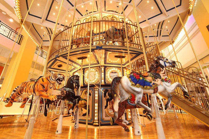 義大皇家酒店「喜歡在義起」可順遊主題樂園。圖/義大皇家酒店提供