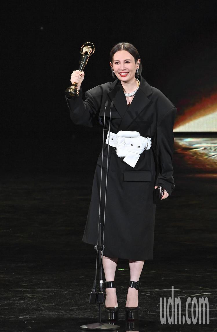 第31屆金曲獎,魏如萱獲得最佳國語女歌手獎。圖∕台視提供