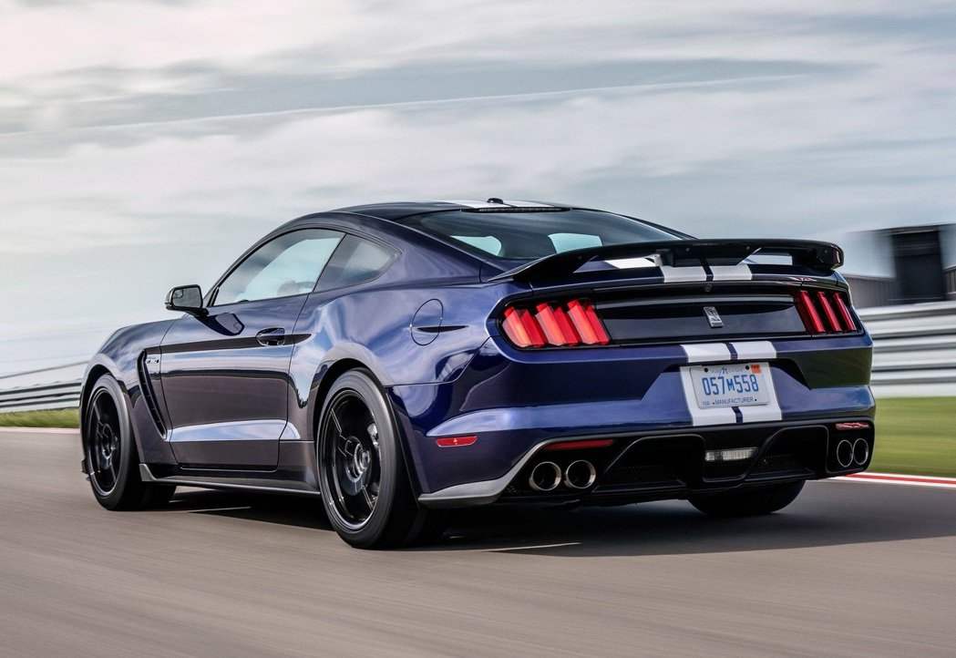 Ford Mustang Shelby GT350。 摘自Ford
