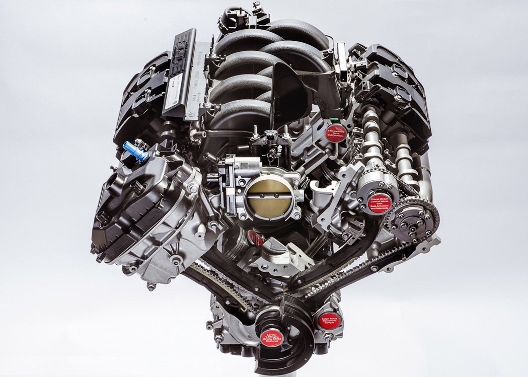 Voodoo 5.2升V8自然進氣引擎,有526hp/59.3kgm輸出,紅線轉...