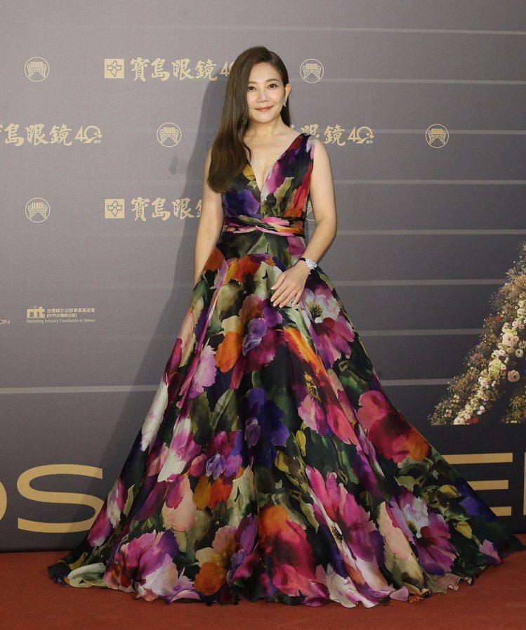 第31屆金曲獎在台北流行音樂中心舉行,梁靜茹走星光大道。記者季相儒/攝影
