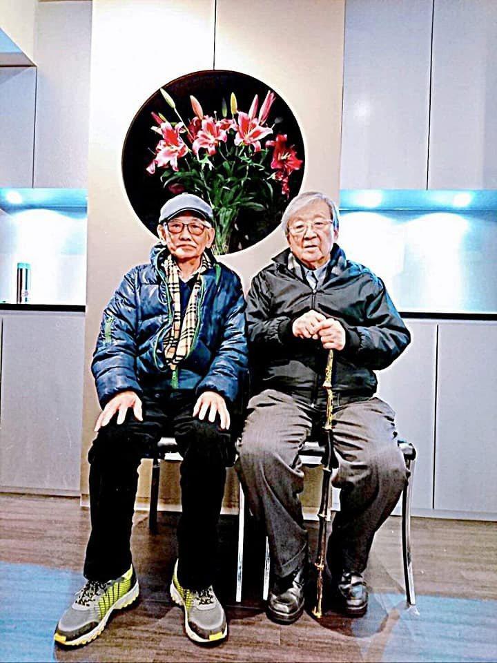 江文雄與李行導演。圖/摘自倪有純臉書