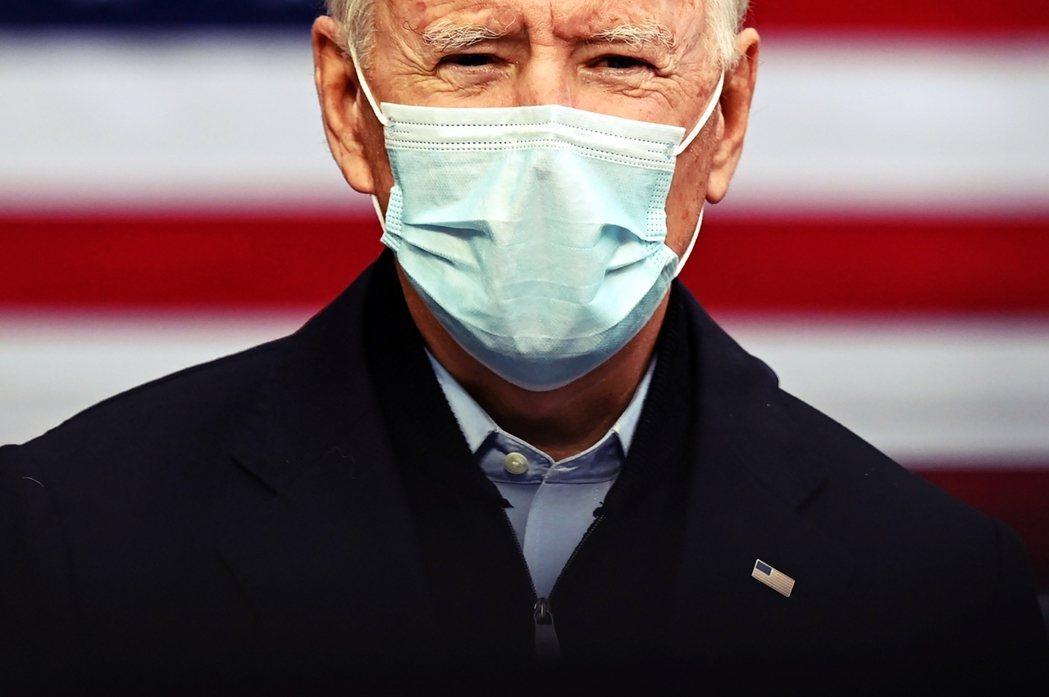 根據《華爾街日報》與《NBC》共同於4日頒布的最新民調,在川拜第一場總統辯論會,...
