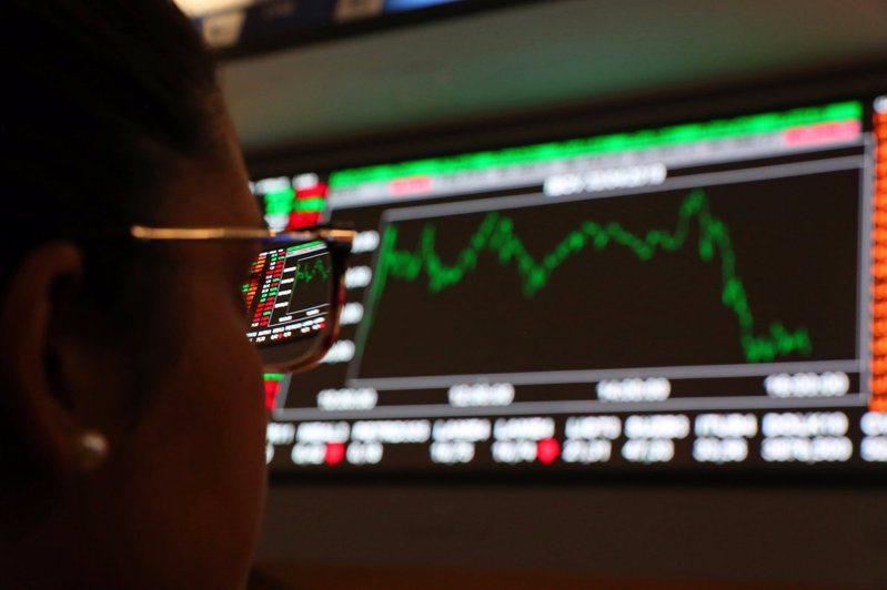 近一季多數ETF零股交易普遍降溫,但美股、高息商品仍受投資人青睞。(路透)