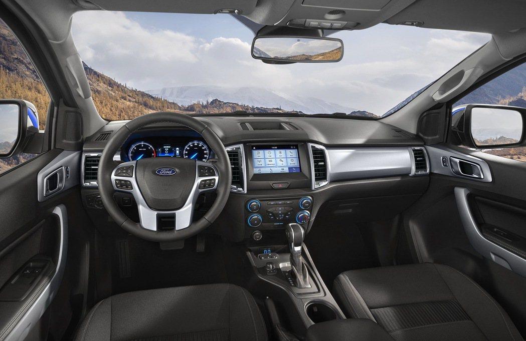 21年式New Ford Ranger職人型/全能型,全面搭載中文化儀錶資訊介面...