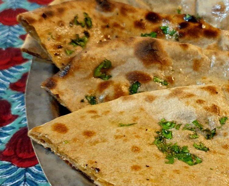 泰姬印度餐廳的全麥炭烤餅被必比登形容是「麥香四溢」。 圖/王宏舜 攝影