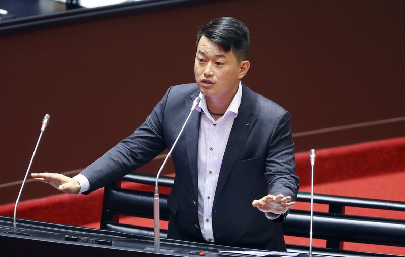 外號「3Q哥」的基進黨立委陳柏惟。 記者杜建重/攝影