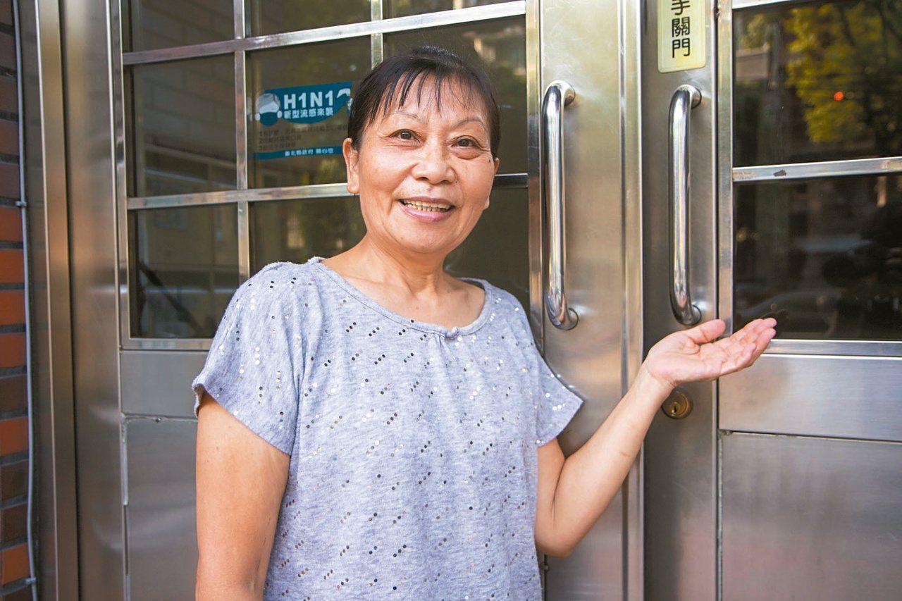 66歲潘淑琴加入照服員,除了有穩定薪水,獲得案主「感謝」更是最大收穫。 圖/王敏...