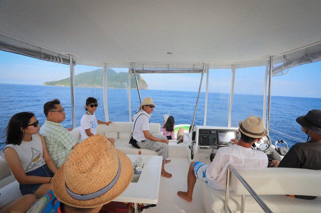 今夏台灣海上活動蓬勃發展,過去業者與旅客往往只停留在「玩水」的階段,也必將從現在...