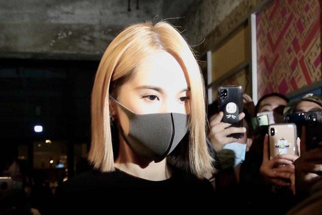 楊丞琳出席黃鴻升「地球上最浪漫的演唱會」追思音樂會。記者林俊良/攝影