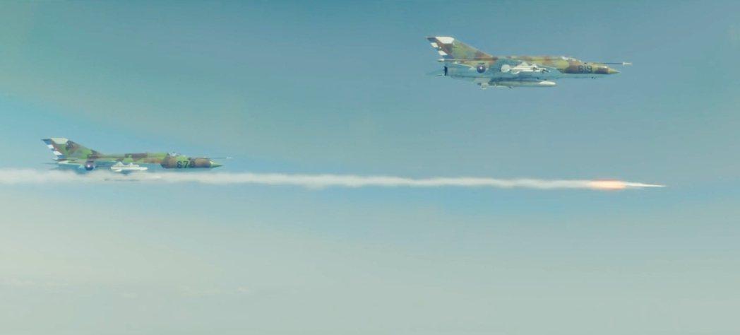 1996年2月24日,巴蘇爾托執意派出三架飛機。古巴果然擊落兩架;然後,巴蘇爾托...