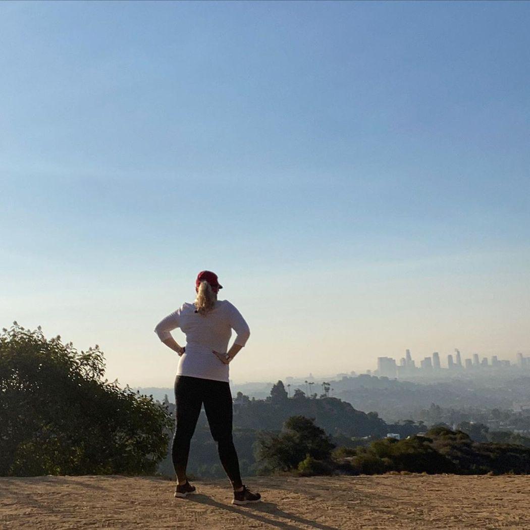 瑞贝威尔森近来几度早上6点就爬起来运动。 图/摘自Instagram