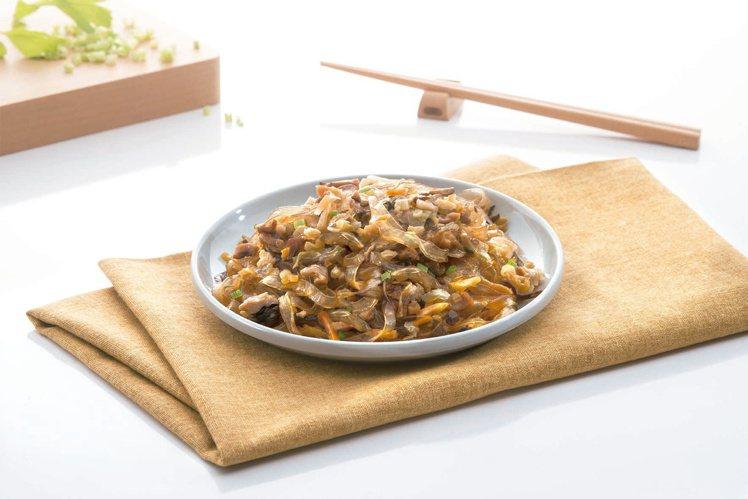 即將推出的新品「總舖師醬炒鮮蔬(拌寬粉)」。圖/龍口食品提供