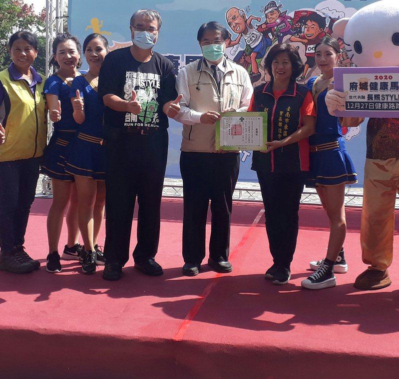 台南宣布辦「全台唯一長照主題路跑」,12月27日開跑。記者周宗禎/攝影