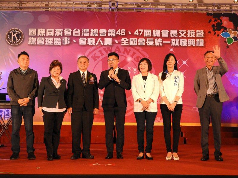 國民黨主席江啟臣今天晚上前往桃園,出席國際同濟會台灣總會晚宴。記者高宇震/攝影