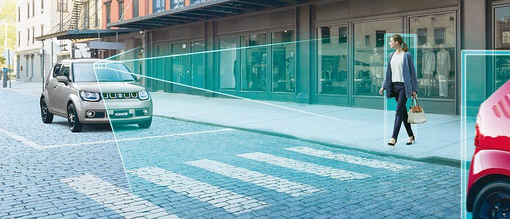 小改款Suzuki Igins搭載DCBS煞車輔助系統,即時偵測前方車輛與行人,...