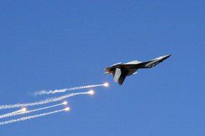 殲-16戰鬥轟炸機現身台海,國軍地面防空飛彈部隊如何因應?