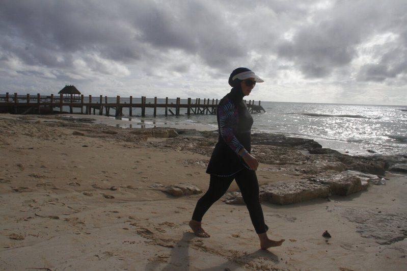 墨西哥的加勒比海岸今天遭戴爾塔颶風侵襲。 圖/美聯社
