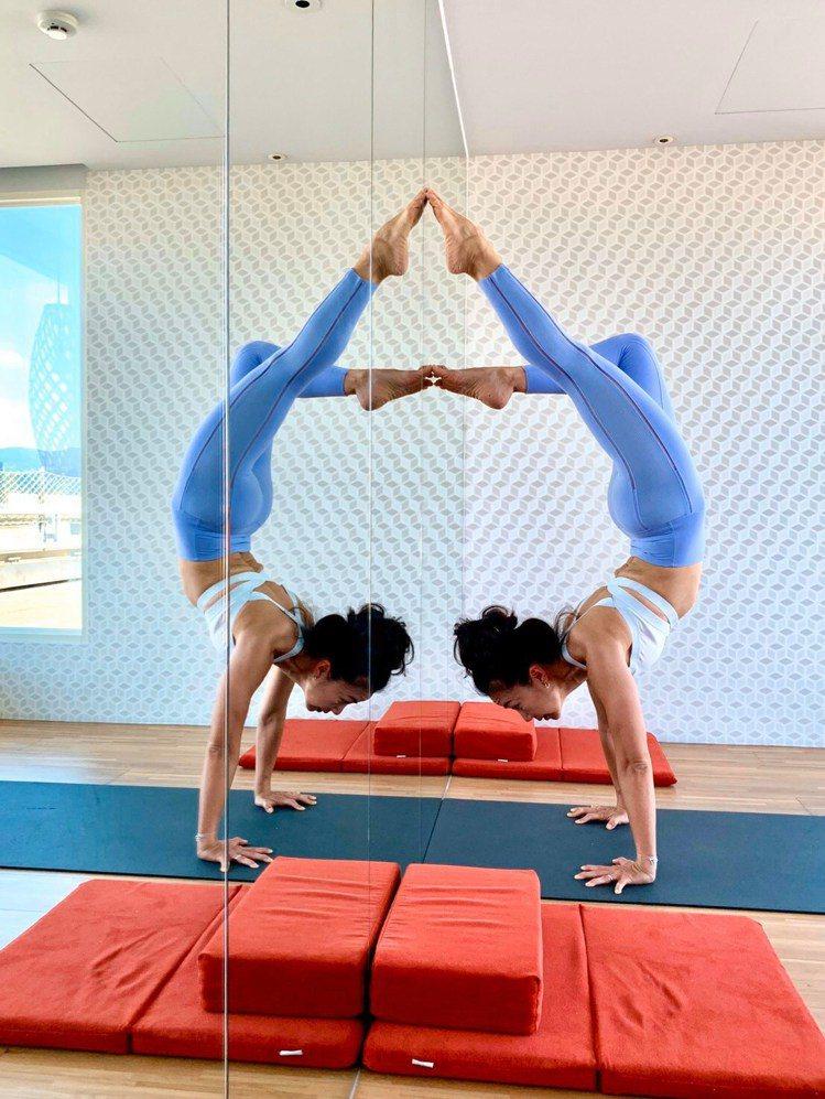 愛與慈善、頌缽療癒、淨化身心住房瑜伽,由20年豐富yoga 經驗的Stacy帶領...
