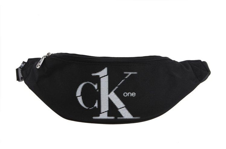 CK ONE腰包1,980元。圖/CALVIN KLEIN提供