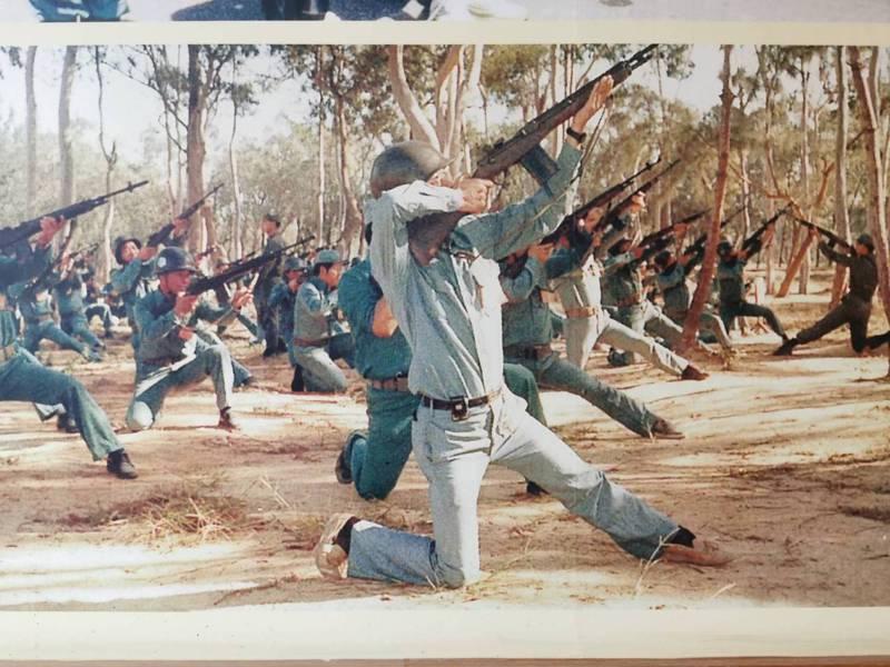 瓊林的民防館內,目前還陳列很多昔日金門自衛隊訓練的照片。記者蔡家蓁/翻攝