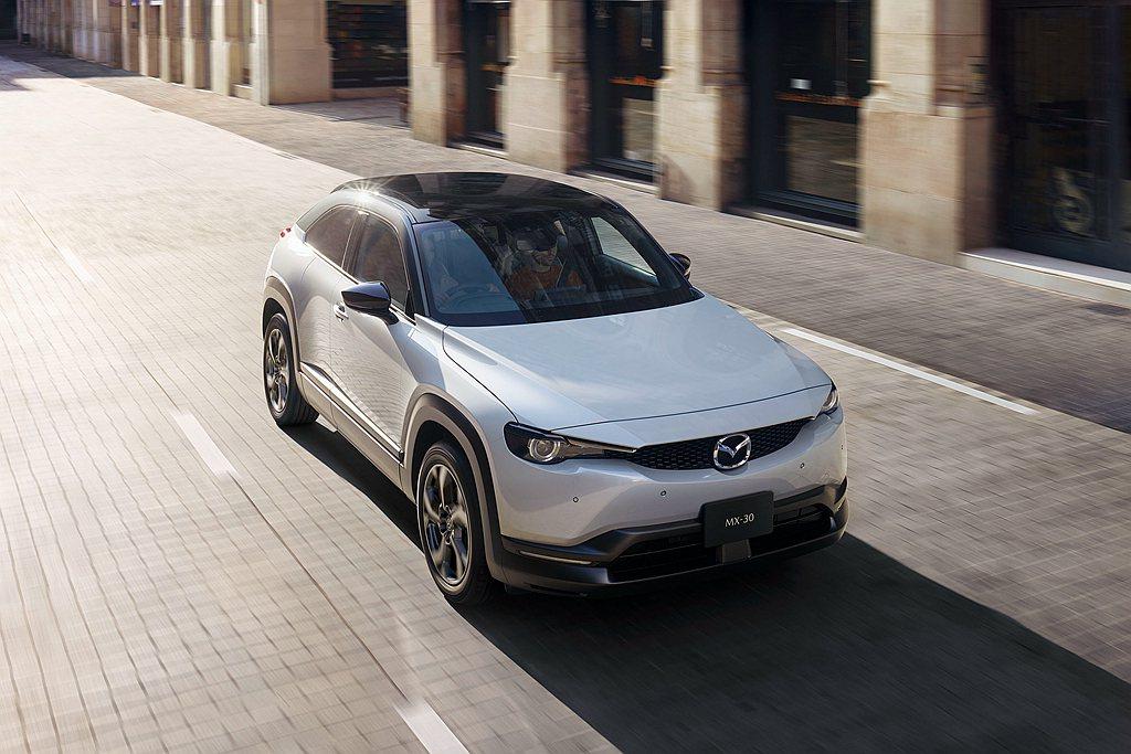 Mazda汽車在今年7月宣布追加MX-30 e-SKYACTIV G複合動力車型...