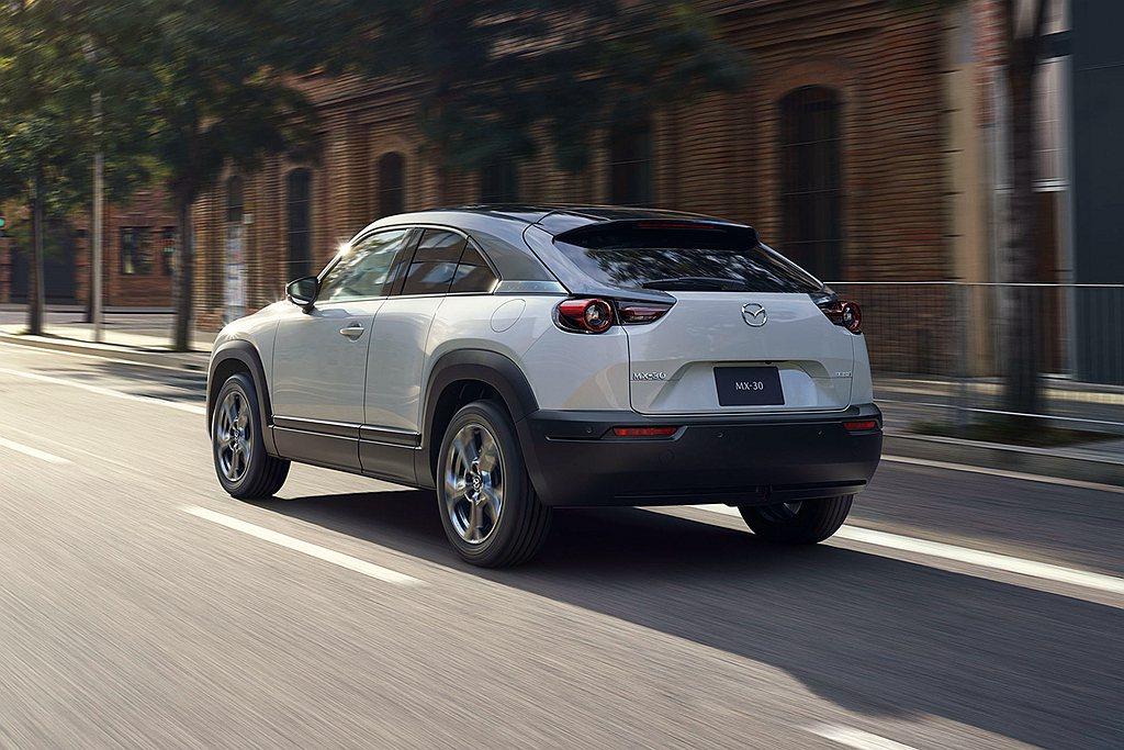 Mazda MX-30 e-SKYACTIV G具備15.6km/L平均油耗表現...